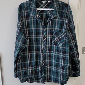 Reitmans plaid button up shirt.  Size 3x plus.